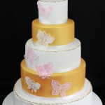 wedding cake papillons